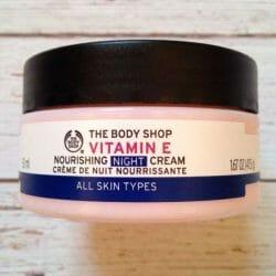 Produktbild zu The Body Shop Vitamin E Nourishing Night Cream