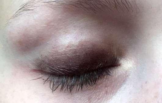 trend IT UP Ultra Smokey Eye Shadow Pen, Farbe: 030trend IT UP Ultra Smokey Eye Shadow Pen, Farbe: 030 geschminktes Auge