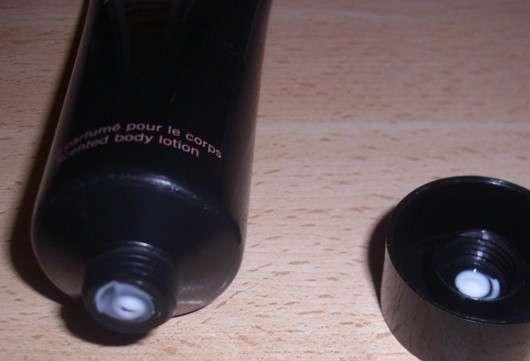 Tubenöffnung der Alaïa Paris Scented Body Lotion