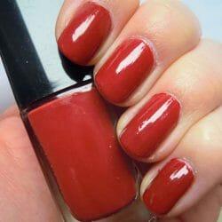 Produktbild zu ARTDECO Art Couture Nail Lacquer – Farbe: 665 brick red (LE)