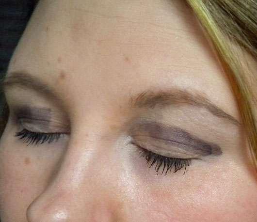 Douglas Make-up Rounded Eye Shadow Blending Brush - Lidschatten auf den Augen aufgetragen, nicht verblendet