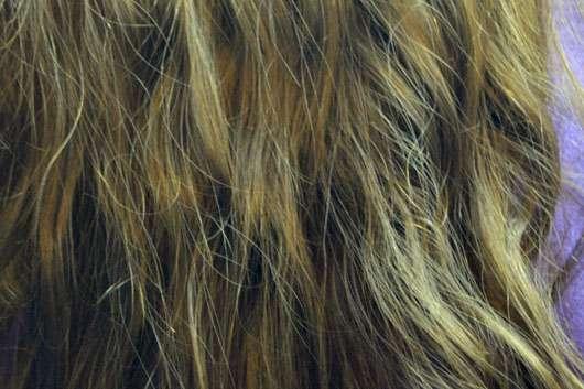Garnier Wahre Schätze Der wohltuende Vitalisierer Tiefenpflege-Maske Mythische Olive - Haare nach der Anwendung