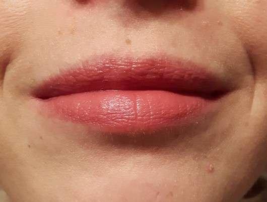 Lippen mit just cosmetics sheer finish lipstick, Farbe: 020 interlude