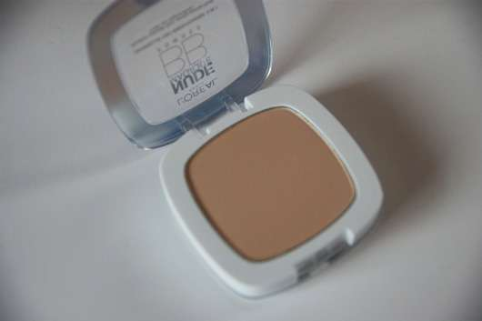 L'ORÉAL PARiS Nude Magique BB Powder, Farbe: Heller Hauttyp Farbe