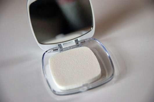 L'ORÉAL PARiS Nude Magique BB Powder, Farbe: Heller Hauttyp Puderquaste