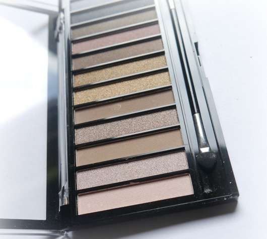 Makeup Revolution Redemption Palette Ionic 1 Farben und Applikator