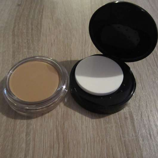 <strong>Max Factor</strong> Miracle Touch Foundation - Farbe: 070 Natural