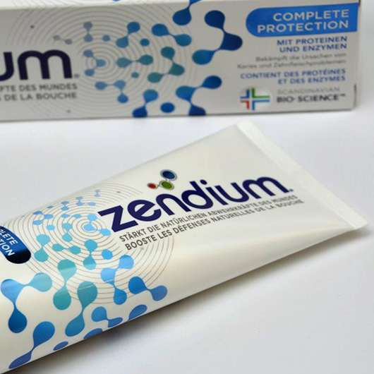 <strong>Zendium</strong> Complete Protection Zahncreme