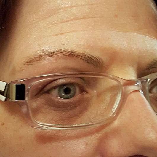Augenbraue mit Alterra Augenbrauenstift, Farbe: 01 Light Brown