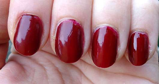 Rival de Loop Gel Nail Colour, Farbe: 08 auf den Nägeln