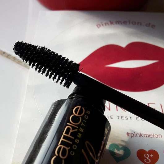 Catrice Prêt-à-Volume Smokey Mascara, Farbe: 010 Velvet Black Bürste