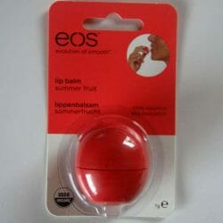 Produktbild zu eos Smooth Spheres Organic Lip Balm – Sorte: Summer Fruit