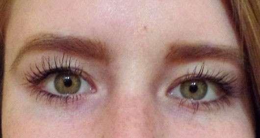 Augen mit LCN Extreme WOW Effect Volume Mascara, Farbe: Schwarz