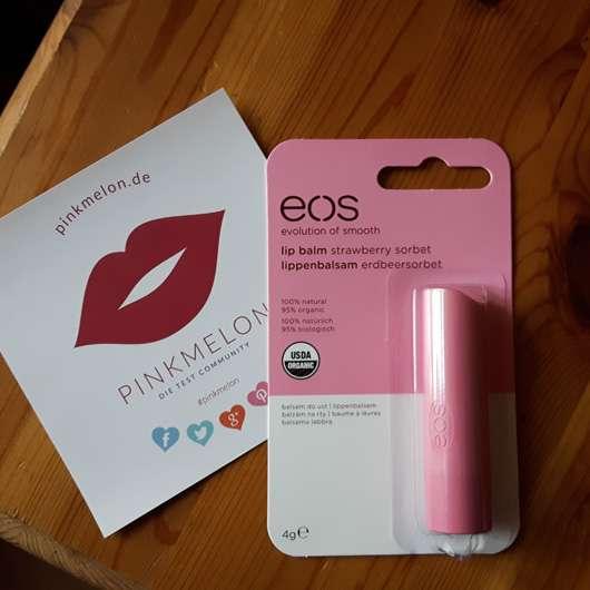 <strong>eos</strong> Smooth Spheres Organic Lip Balm – Sorte: Strawberry Sorbet (Stift)