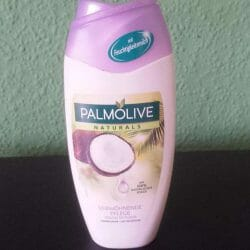 Produktbild zu Palmolive Naturals Verwöhnende Pflege Cremedusche