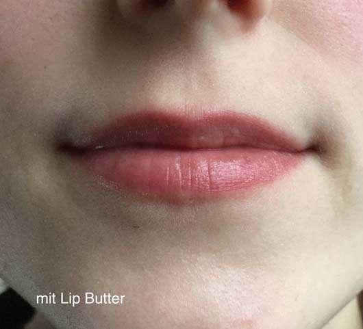 Lippen nach der Verwendung der Labello Lip Butter Blueberry Blush