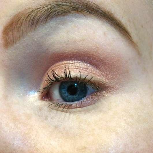 Maybelline Eyestudio Color Tattoo 24HR Gel-Cream Eyeshadow, Farbe: 65 Pink Gold auf dem Augenlid