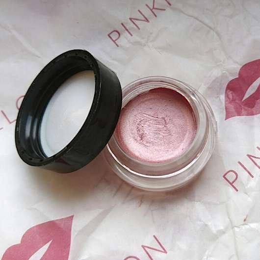 Konsistenz vom Maybelline Eyestudio Color Tattoo 24HR Gel-Cream Eyeshadow, Farbe: 65 Pink Gold