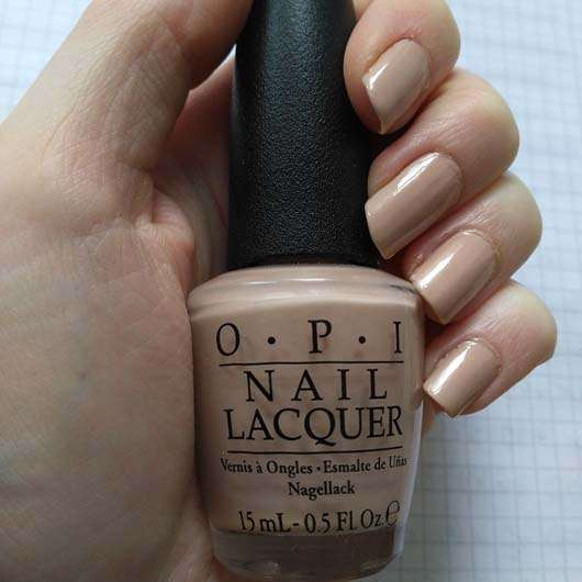 OPI Nail Lacquer, Farbe: Pale To The Chief (LE) auf den Fingernägeln