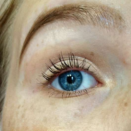 ARTDECO Angled Eyeshadow Brush (LE) - geschminktes Auge