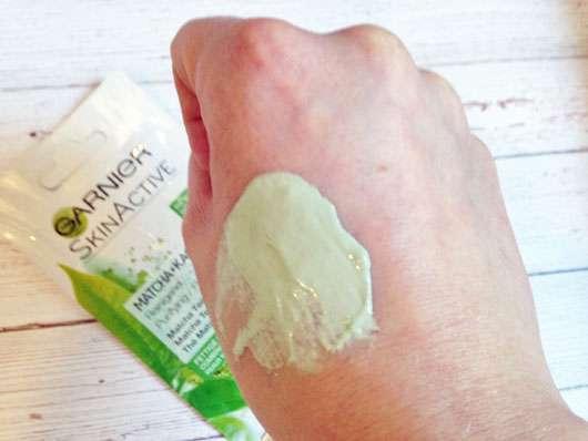 Garnier SkinActive Matcha + Kaolin Mask Swatch