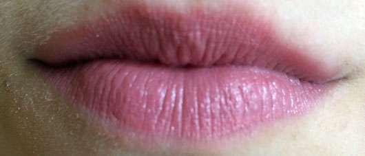 trend IT UP Expert Lip Primer & Care - auf den Lippen mit Lippenstift