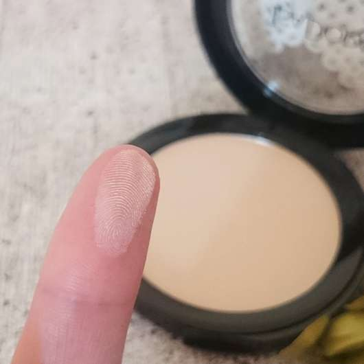 Swatch vom IsaDora Matt Fixing Blotting Powder, Farbe: 03 Sheer Nude