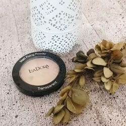 Produktbild zu IsaDora Matt Fixing Blotting Powder – Farbe: 03 Sheer Nude