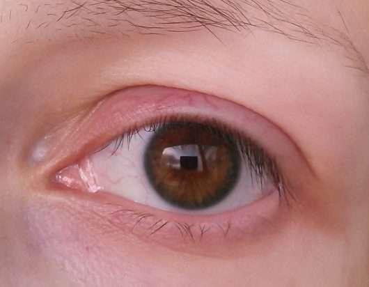 Auge ohne ASTOR Big & Beautiful Boom Curved Mascara