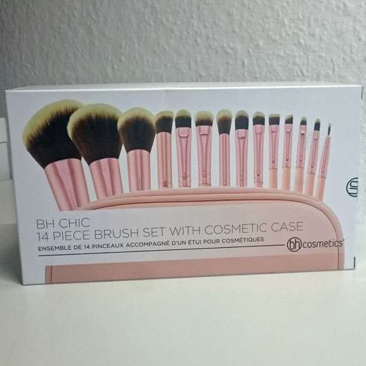 <strong>bh cosmetics</strong> Chic 14 Piece Brush Set With Cosmtic Case