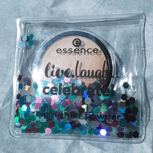 Verpackung vom essence live. laugh. celebrate! highlighter powder, Farbe: 01 my special highlight (LE)