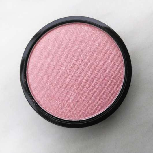 Farbe vom essence live. laugh. celebrate! shimmer blush, Farbe: 01 rhythm of the night (LE)