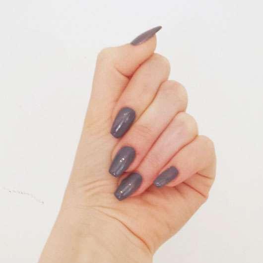 essence the gel nail polish, Farbe: 87 gossip girl - Nägel mit Lack