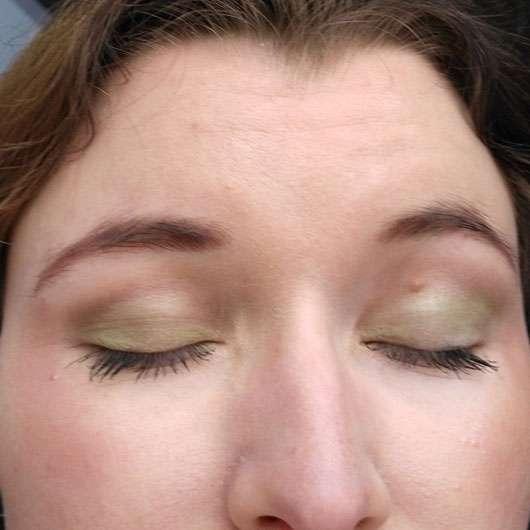 Urban Decay Eyeshadow Primer Potion, Farbe: Eden Tragebild