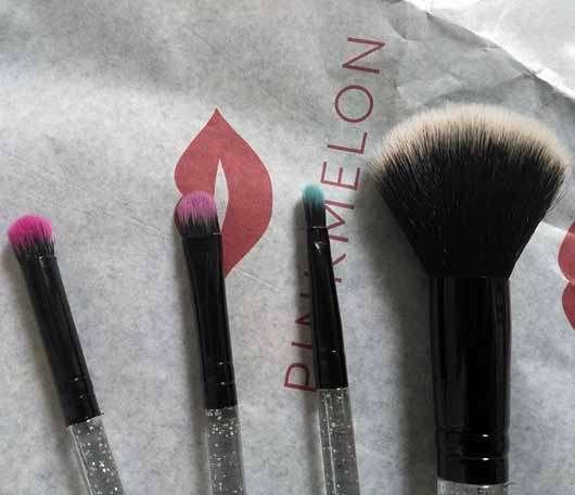 essence live. laugh. celebrate! mini brush set (LE) - alle Pinsel