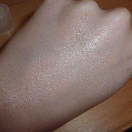 La Roche-Posay EFFACLAR DUO(+) LSF 30 auf der Haut