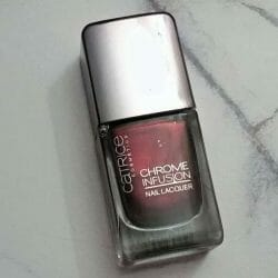 Produktbild zu Catrice Chrome Infusion Nail Lacquer – Farbe: 04 Unexpected Red