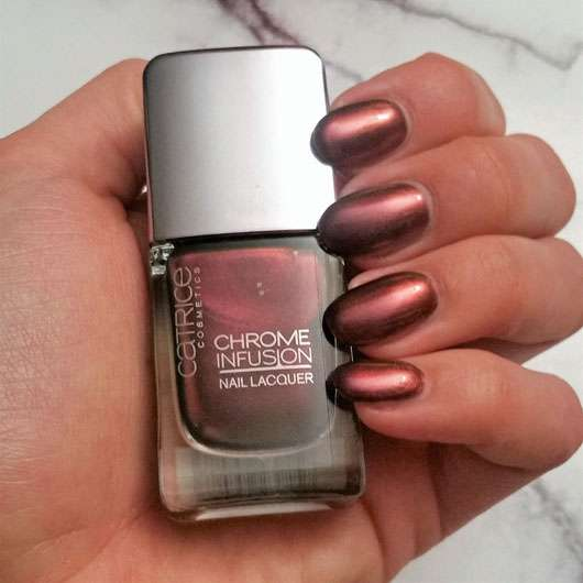 Catrice Chrome Infusion Nail Lacquer, Farbe: 04 Unexpected Red - Farbe auf den Nägeln