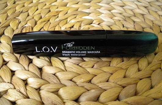 L.O.V The Forbidden Dramatic Volume Mascara Waterproof, Farbe: 110 Black Provocation - Hülse