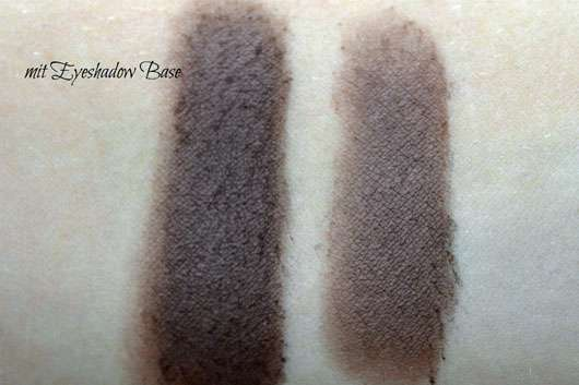 L.O.V Unexpected Eyeshadow Matte, Farbe: 100 Black Orchid - Swatch