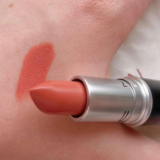 M·A·C Matte Lipstick, Farbe: Kinda Sexy Swatch