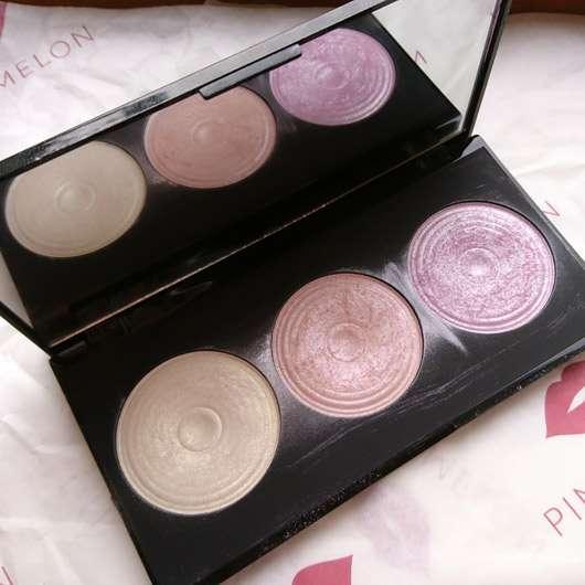 "Makeup Revolution Highlighting Powder Palette ""Highlight"" - Palette geöffnet"
