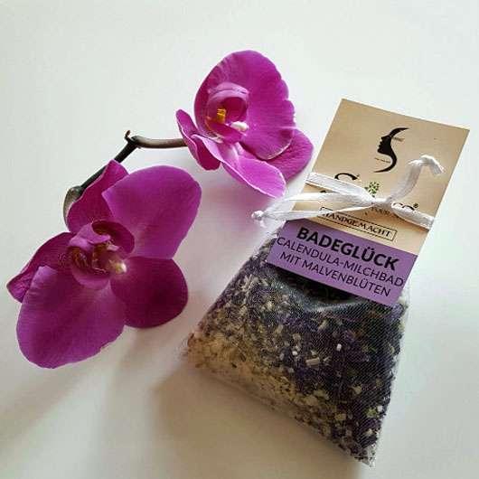 <strong>Skineco</strong> BADEGLÜCK Calendula-Milchbad mit Malvenblüten