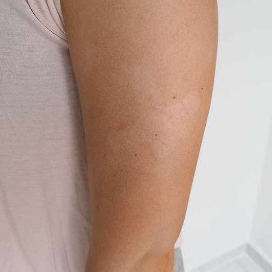 St- Moriz Instant Self Tanning Mousse auf der Haut