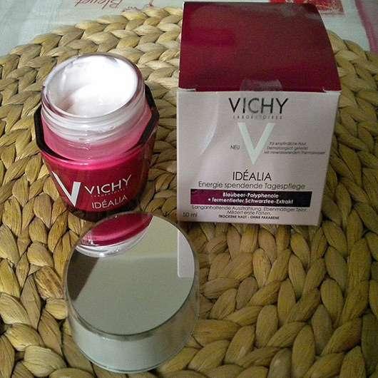 <strong>VICHY IDÉALIA</strong> Energie spendende Tagespflege (für trockene Haut)
