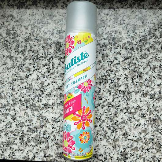 <strong>Batiste</strong> Bright & Lively Floral Dry Shampoo