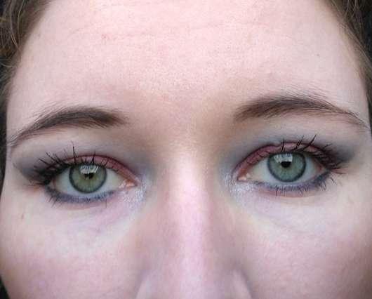 Farben der Morphe 12Z Zodiac Smokey Eye Palette auf den Augen