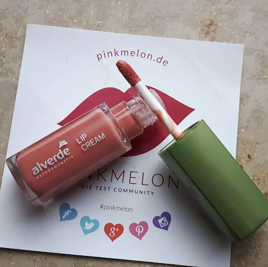 alverde Lip Cream, Farbe: 020 Luminous Coral Applikator
