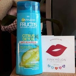 Produktbild zu Garnier Fructis Citrus Detox Anti-Schuppen Kräftigendes Shampoo
