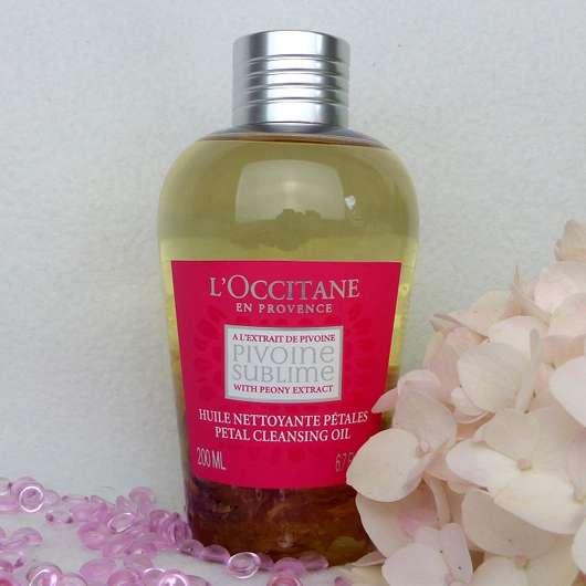 <strong>L'Occitane</strong> Pivoine Sublime Reinigungsöl mit Blütenblättern
